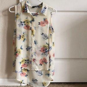 Forever21 Sleeveless Button Down Floral Blouse - S